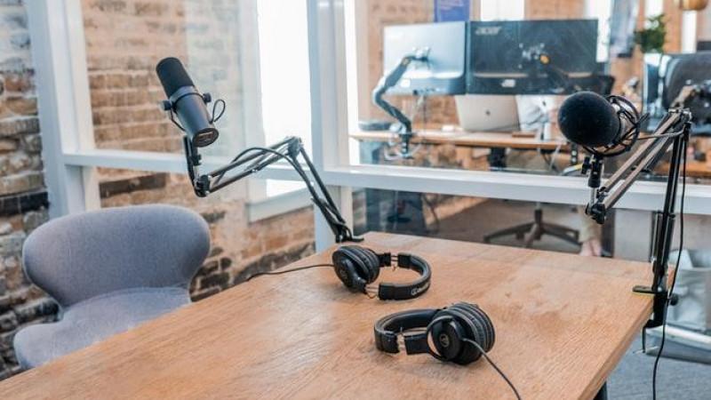 Entrevista para a rádio Imaculada Conceição: Mudanças na busca por emprego em meio à inovação digital