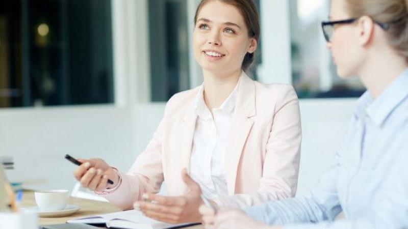 Entrevista para o Jornal Folha Universal: Como agir para ganhar a vaga de emprego durante um processo seletivo?
